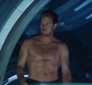 3F55AEB000000578-4419704-Thanks_Chris_Chris_Pratt_flashes_his_impressive_six_pack_and_rip-a-2_1492470886405
